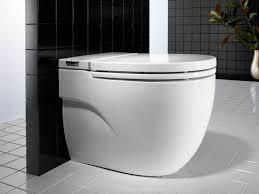Inodoro (asiento,tanque), urinario y bidé