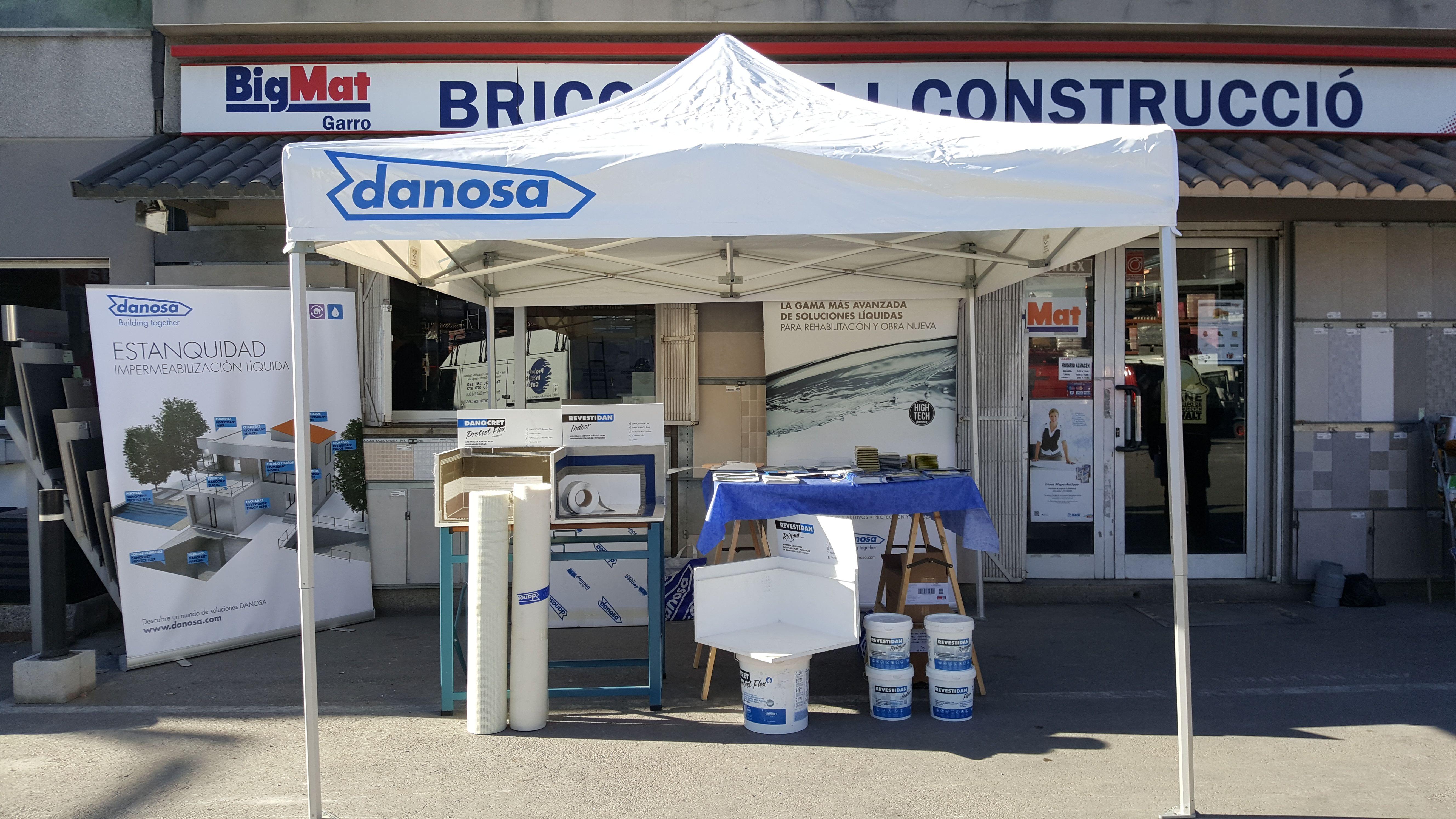 Exposición de productos Danosa en nuestra tienda BigMat Garro de Sant Boi de Llobregat