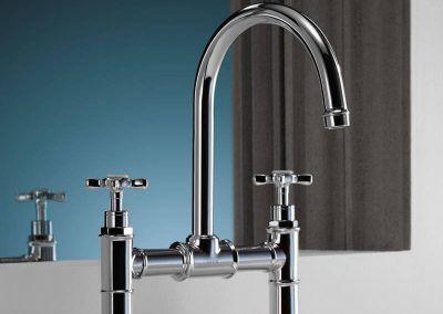 AXOR-products-AXORMontreux-bridge-mixer-washbasin-1600x1200